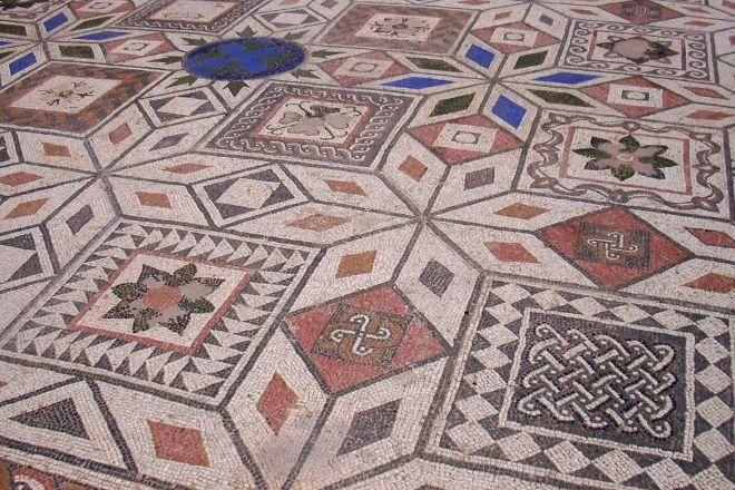 Yacimiento Romano de Clunia, Penalba de Castro, Spain