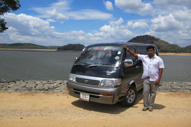 Friendly Tour Driver Sri Lanka, Colombo, Sri Lanka