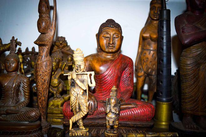 Sriya & Daya Curio Shop, Kandy, Sri Lanka