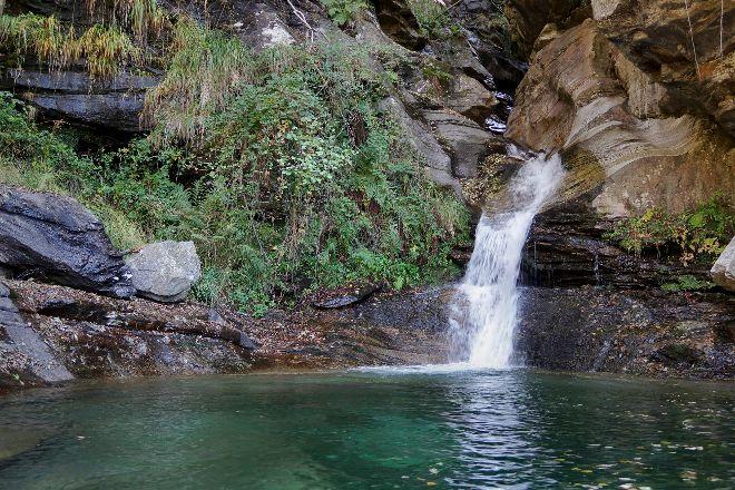 Cascate di Santa Petronilla, Biasca, Switzerland