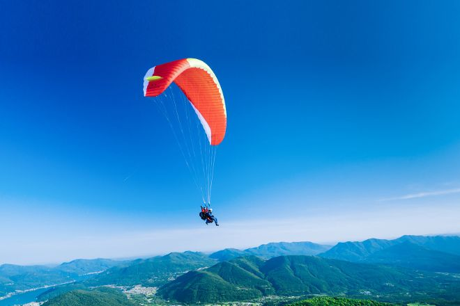 FlyTicino - Paragliding tandem flights in Ticino, Lugano, Switzerland