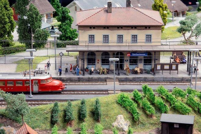 Smilestones, Neuhausen am Rheinfall, Switzerland
