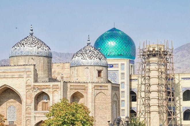 Mausoleum of Sheik Muslekheddin, Khujand, Tajikistan