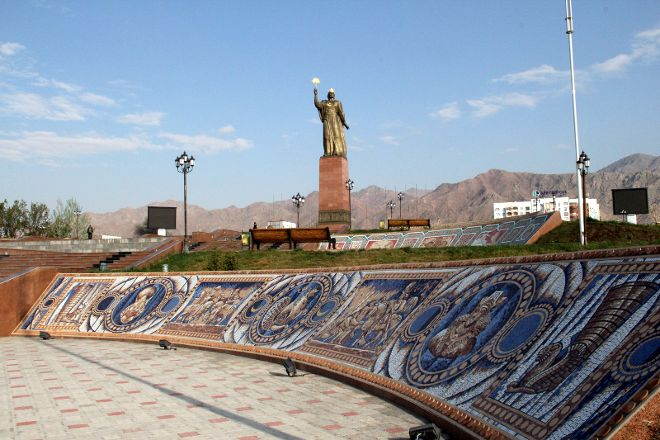 Monument to Ismoil Somoni, Khujand, Tajikistan