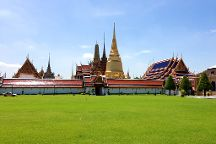 Pary Happy Tour, Bangkok, Thailand