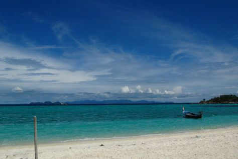 Sunrise Beach, Ko Lipe, Thailand