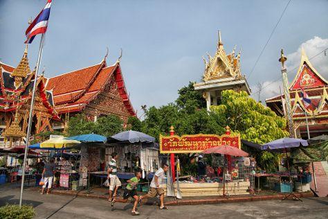 Wat Nang Sao, Krathum Baen, Thailand