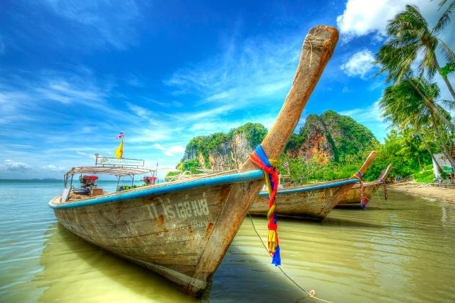 Bangkok Airport Transfers & Private Day Tours, Bangkok, Thailand