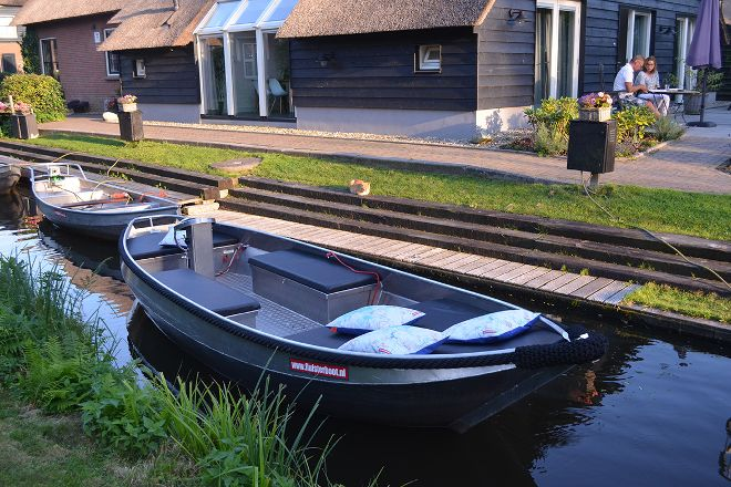 Bootverhuur Giethoorn, Giethoorn, The Netherlands