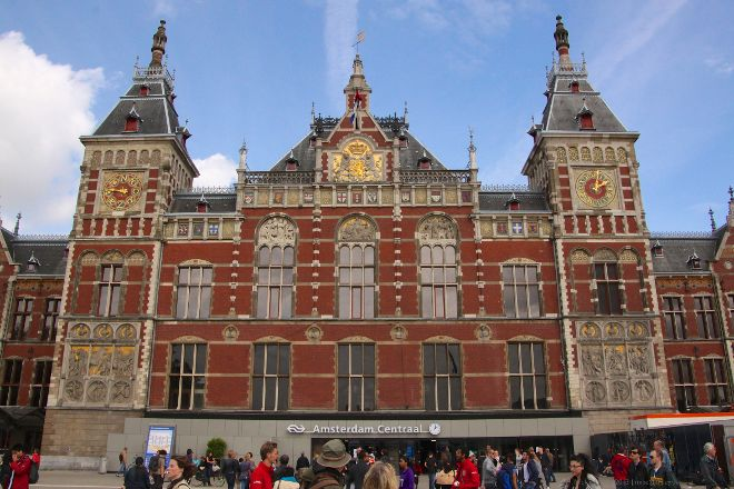 Centraal Station, Amsterdam, Holland