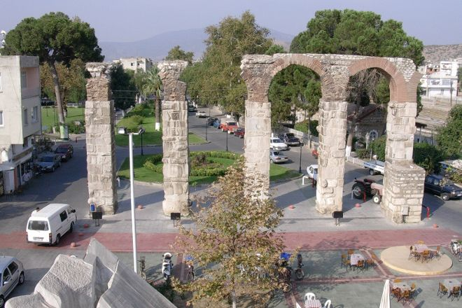 Byzantine acquaducts, Selcuk, Turkey