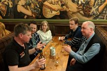 Dramble Tours - Glasgow's Whisky Walking Tour, Glasgow, United Kingdom