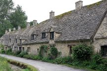 Go Cotswolds, Stratford-upon-Avon, United Kingdom