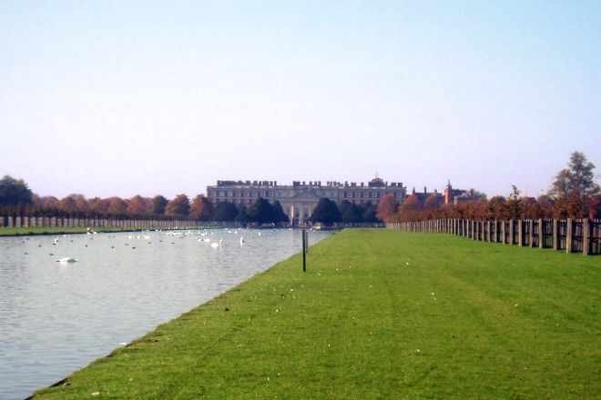 Hampton Court Park, East Molesey, United Kingdom