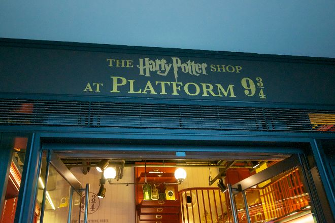 Harry Potter Shop at Platform 9 3/4, London, United Kingdom