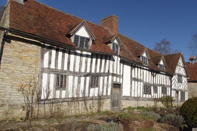 Mary Arden's Farm, Stratford-upon-Avon, United Kingdom