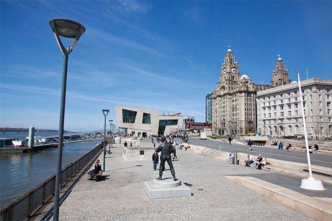 SANDEMANs NEW Liverpool, Free Walking Tour, Liverpool, United Kingdom