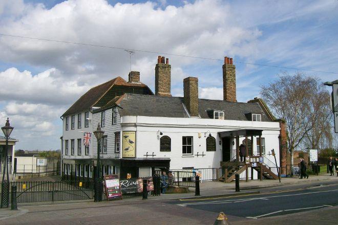 Saxon Shore Way, Gravesend, United Kingdom