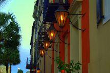 Rev.o.lu.tion.ar.y Charleston A Charleston History Tour Experience, Charleston, United States
