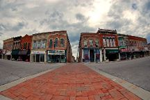 Courthouse Square, Winterset, United States