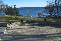 Geneva Lake Shore Path, Lake Geneva, United States