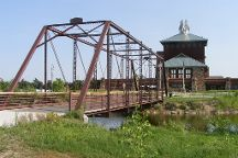 Great Platte River Road Archway Monument, Kearney, United States