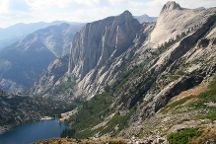 Lakes Trail in Sequoia National Park, Sequoia and Kings Canyon National Park, United States