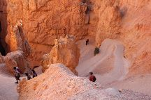 Navajo/Queens Garden Loop, Bryce Canyon National Park, United States