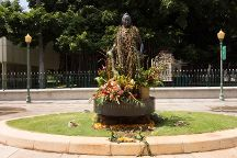 Queen Liliuokalani Statue, Honolulu, United States