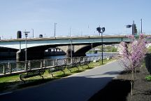 Schuylkill River Trail, Philadelphia, United States