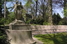 The Woodlawn Cemetery and Conservancy, Bronx, United States