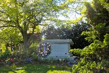 Woodward Hill Cemetery, Lancaster, United States