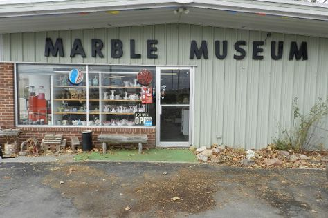 Lee's Legendary Marbles and Collectibles, York, United States