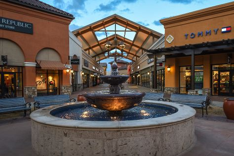 Outlets at Tejon, Arvin, United States