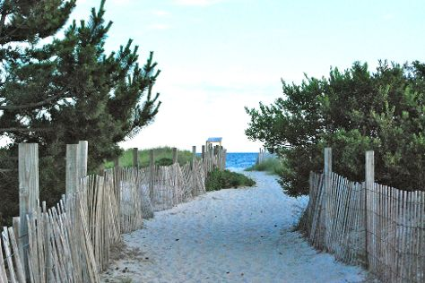 Seagull Beach, West Yarmouth, United States