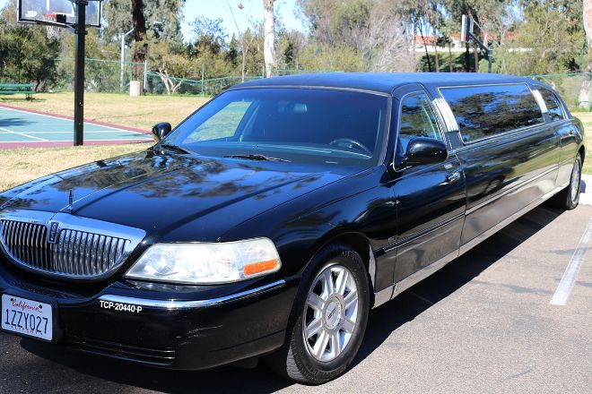 Aall In Limo & Party Bus, Temecula, United States