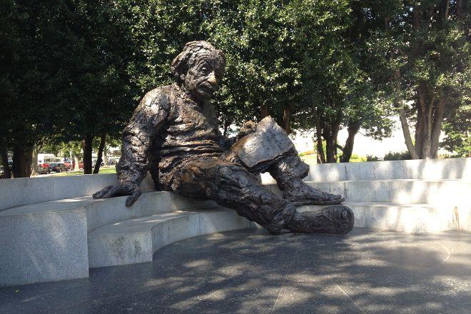 Albert Einstein Memorial, Washington DC, United States