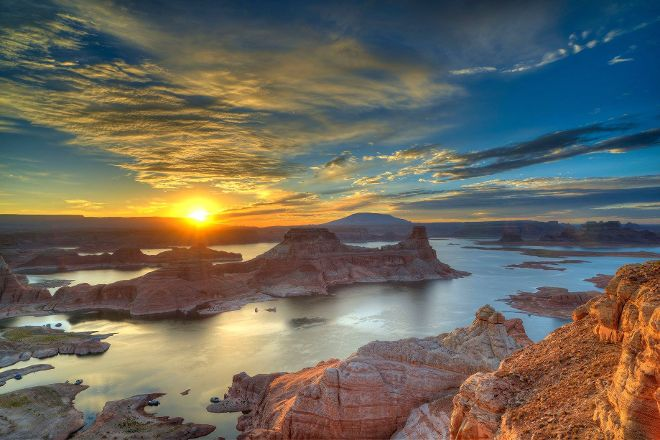 Alstrom Point Tour, Page, United States