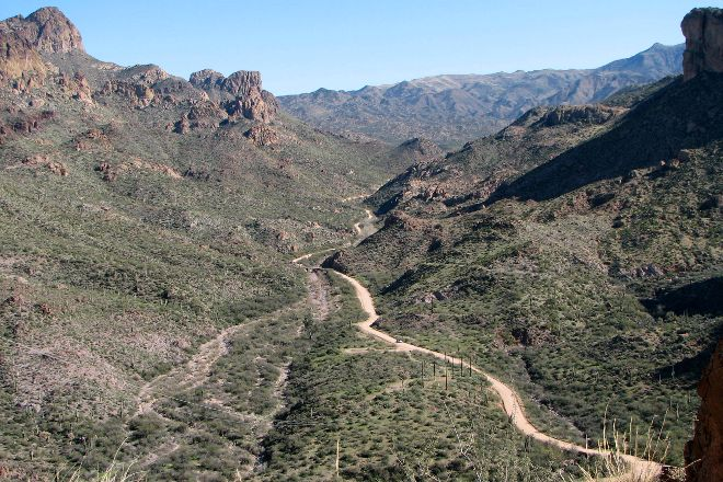 Apache Trail Scenic Drive, Arizona, United States