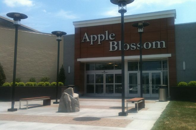 Apple Blossom Mall, Winchester, United States