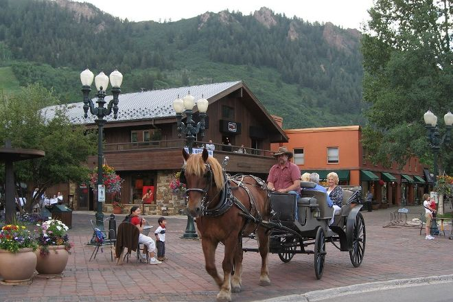 Aspen Carriage and Sleigh Day Tours, Aspen, United States