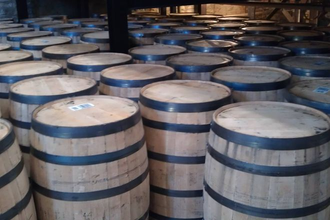 Barrel Chest Wine and Beer, Roanoke, United States