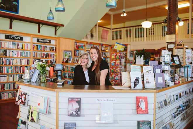 Beach Books, Seaside, United States