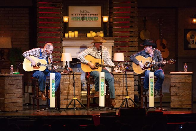 Billy Yates' Hit Songwriters In The Round, Branson, United States