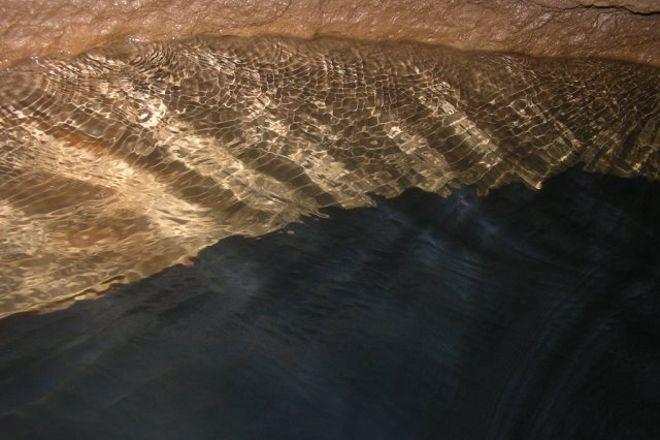 Bluespring Caverns, Bedford, United States
