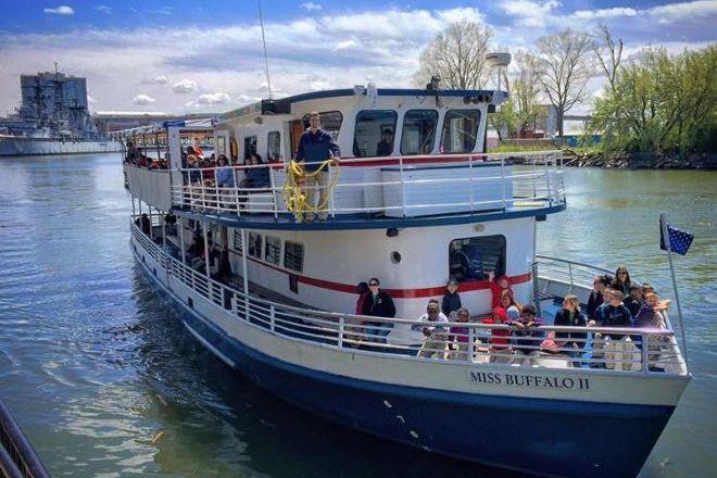 Buffalo Harbor Cruises, Buffalo, United States