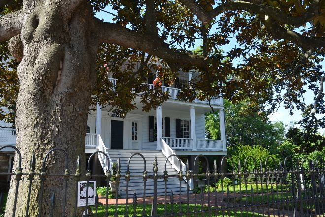 Burgwin-Wright House and Gardens, Wilmington, United States