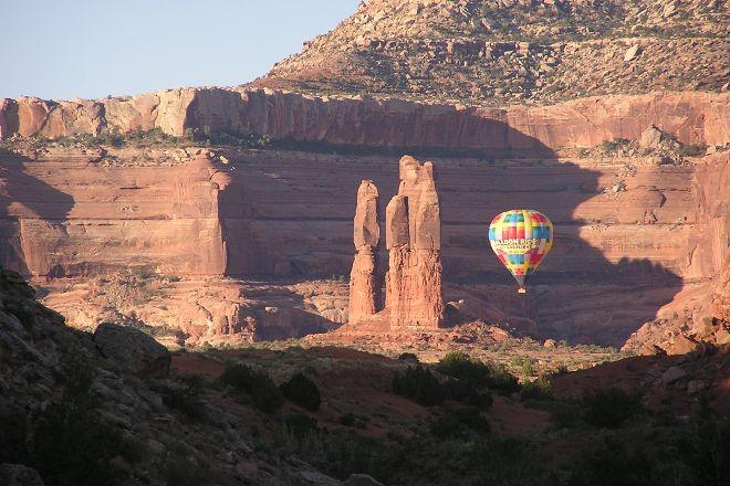 Canyonlands Ballooning, Moab, United States