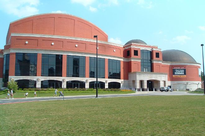 Clay Center, Charleston, United States