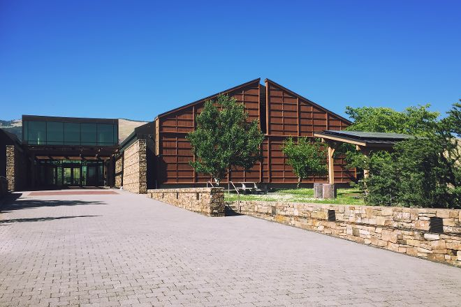 Columbia Gorge Discovery Center & Museum, The Dalles, United States
